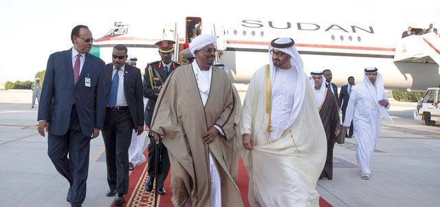 محمد بن زايد يستقبل كلاً من الرئيس السوداني و وزير الدفاع الماليزي