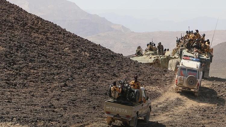القوات الإماراتية تعلن سيطرة الجيش اليمني على جبل مرثد الاستراتيجي