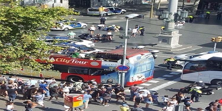 الإمارات تدين حادثة الدهس الإرهابية في برشلونة