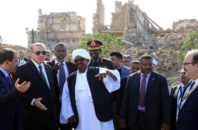 تواجد تركيا في جزيرة سواكن وتقاربها مع السودان وصراع النفوذ مع الإمارات في البحر الأحمر
