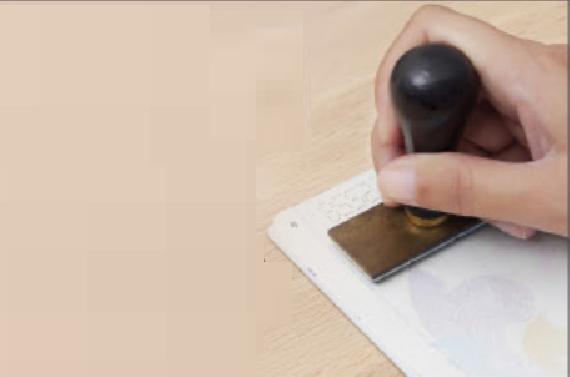 الإمارات تحظر دخول الحاصلين على تأشيرات إقامة قطرية
