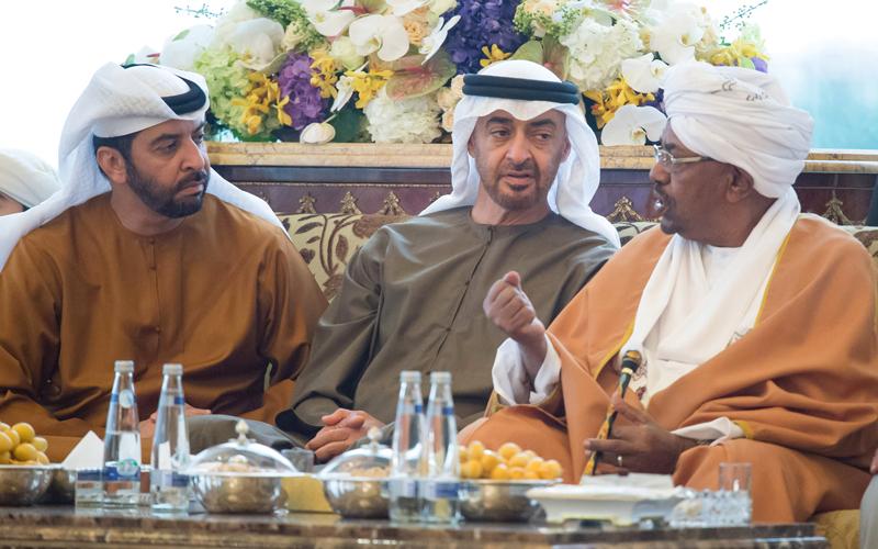 الحراك السياسي والاقتصادي الإماراتي والسعودي لتعزيز العلاقات مع السودان