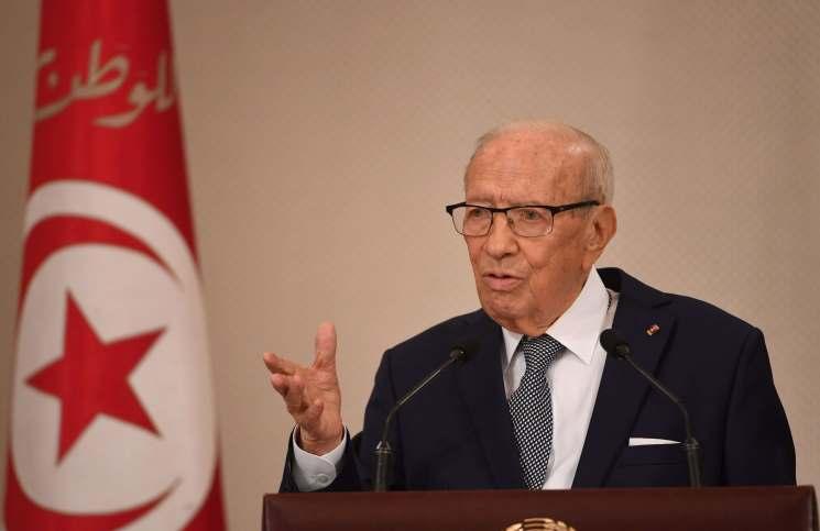 موقع فرنسي يكشف تورط الإمارات في التخطيط لانقلاب بتونس