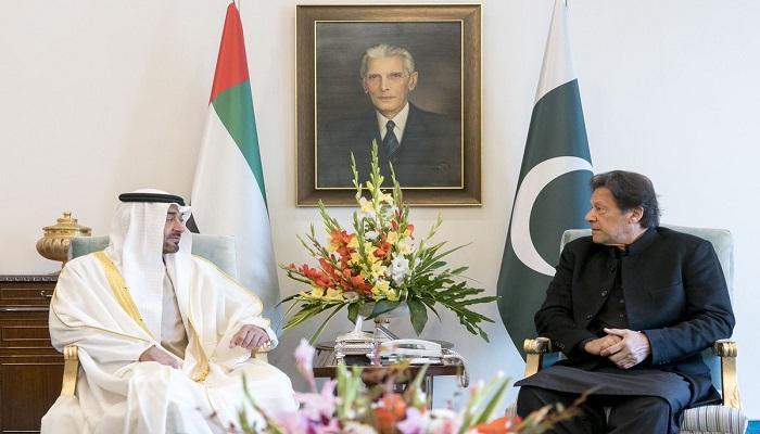 محمد بن زايد يبحث مع رئيس الوزراء الباكستاني في إسلام آباد تعزيز العلاقات بين البلدين