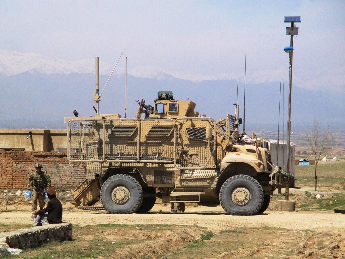 نشاط التسلح.. الإمارات تشتري مركبات عسكرية أمريكية بقيمة نصف مليار دولار