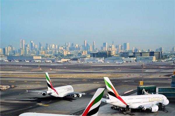 هيئة الطيران المدني تنفي استهداف الحوثيين لمطار دبي وتؤكد: حركة الملاحة تسير بشكل طبيعي
