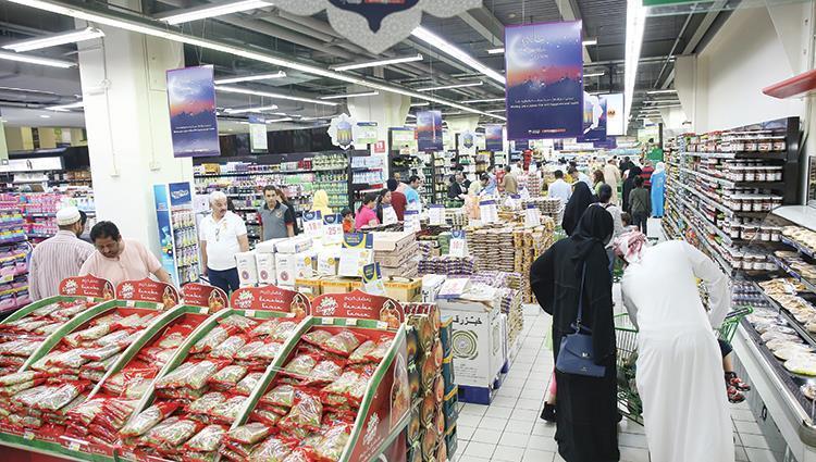 انخفاض القدرة الشرائية لمتسوقي دبي وتراجع في قطاع التجزئة