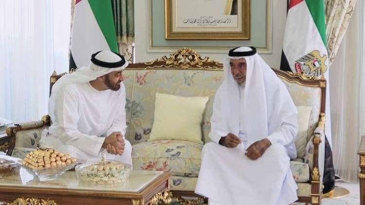 رئيس دولة الإمارات يعود إلى أبوظبي بعد رحلة خارجية