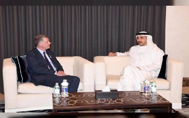 وزير خارجية الإمارات يبحث مع مسؤول بريطاني مستجدات الأوضاع بالمنطقة