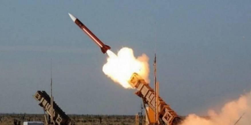 الحوثيون يزعمون قصف معسكر للجيش السعودي بعسير