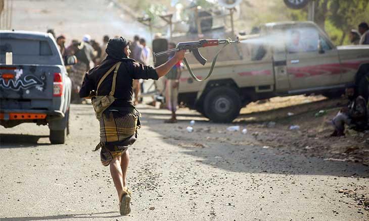 تواصل الاشتباكات في تعز بين القوات اليمنية و