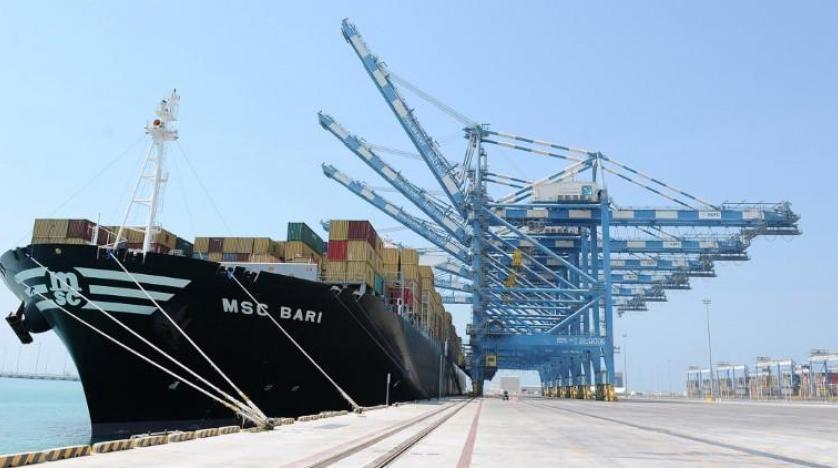 الإمارات تنفي أي تغيير في المنافذ البحرية بإجراءات قطع العلاقات مع قطر