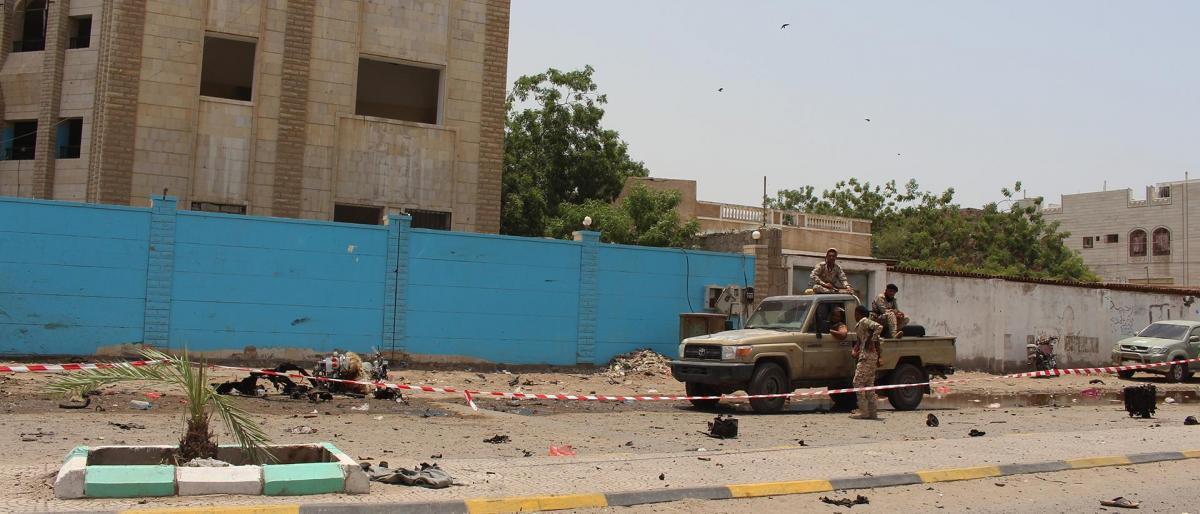 13 قتيلاً إثر الاشتباكات بين مليشيا الحزام الامني المدعومة إماراتياً والقوات الحكومية في عدن