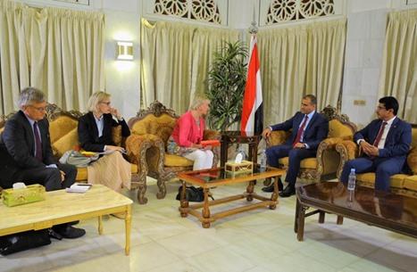 الحكومة اليمنية: سنتخذ كل الوسائل القانونية ضد الإمارات