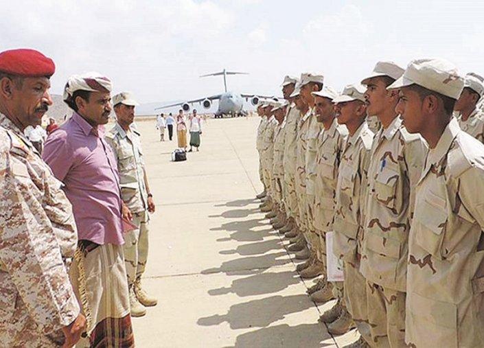 مصادر يمنية تؤكد زيارة حاكم سقطرى لأبوظبي بطلب إماراتي
