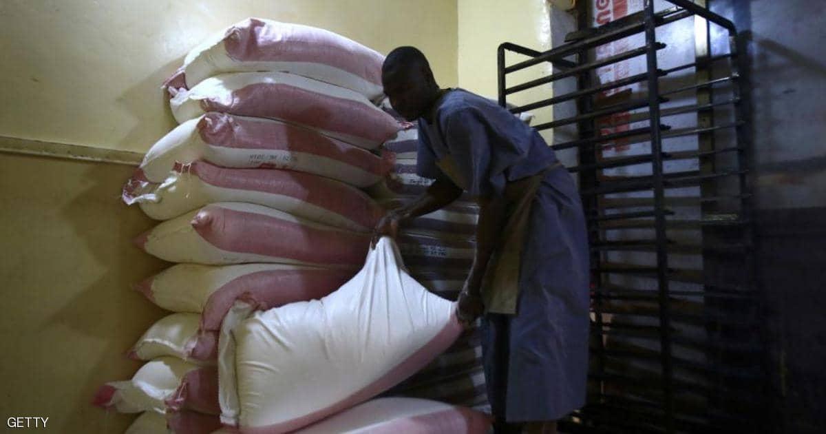 السعودية والإمارات تدعمان السودان بنصف مليون طن قمح