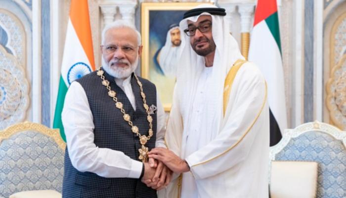 محمد بن زايد يستقبل رئيس وزراء الهند ويقلده أعلى وسام بالإمارات