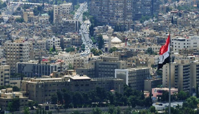 40 من رجال الأعمال وممثلي غرف التجارة الإماراتية يزورون دمشق