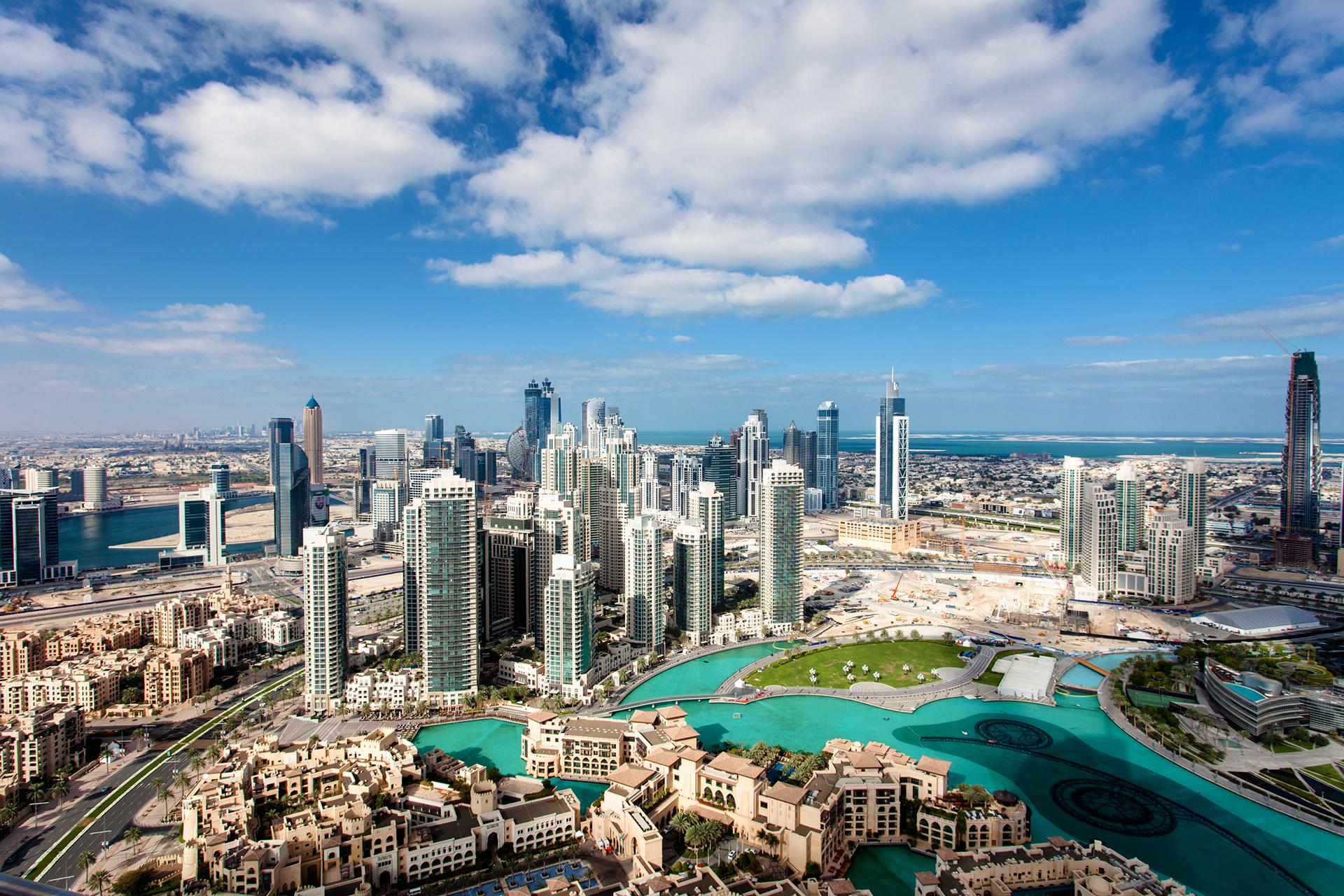 بورصة دبي تتراجع لأدنى مستوى في أكثر من 5 سنوات