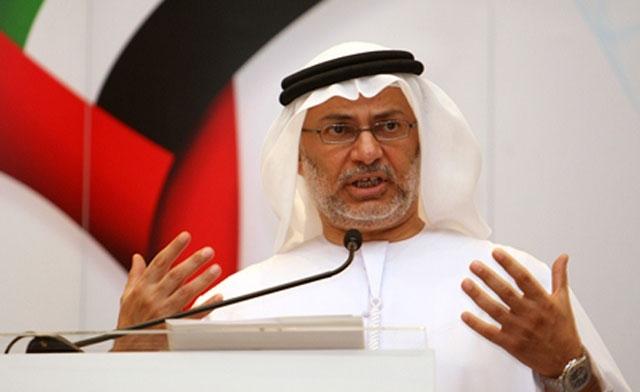 الإمارات تسحب قواتها من تعز نكاية بالإخوان وقرقاش يهاجمهم مرة أخرى